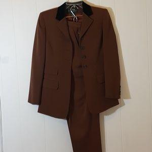 Ralph Lauren Womens Suit
